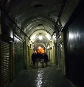 البلدة القديمة في تونس العاصمة وجمال قنطراتها