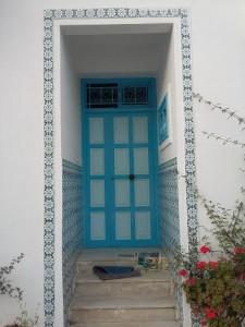 مدخل منزل بسيدي بو سعيد مميز